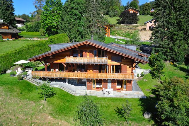 Chalet for sale in Route Des Ecovets, 1884 Villars-Gryon, District D'aigle, Vaud, Switzerland
