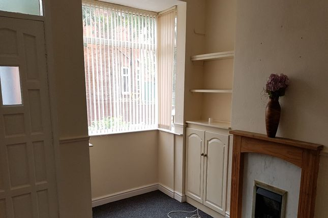 2 bed terraced house for sale in Stanley Street, Bedford