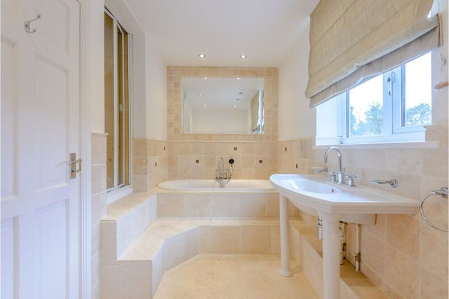 Family Bathroom of Delamere Road, Norley WA6