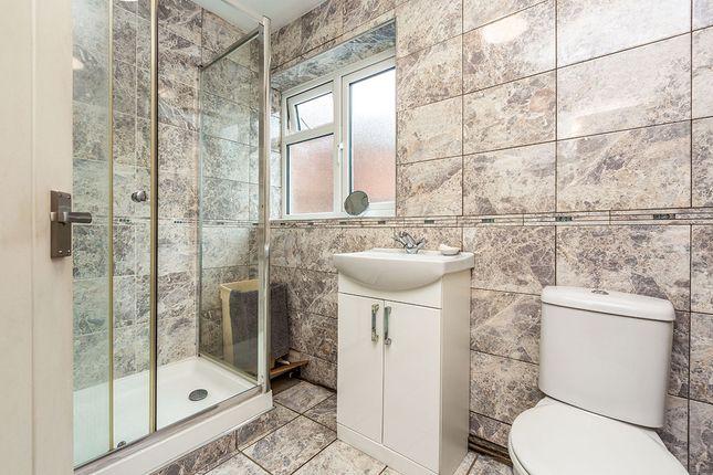 Shower Room of Yew Tree Close, New Barn, Kent DA3