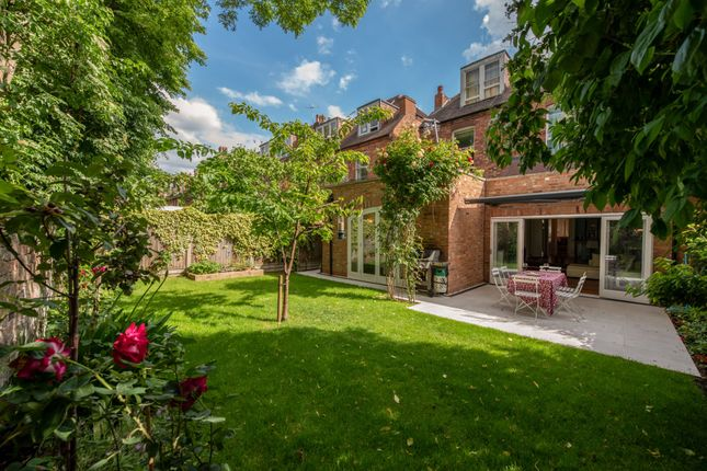 Thumbnail Flat to rent in Lambolle Road, London
