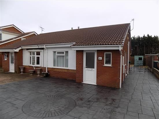 2 bed bungalow to rent in Bexley Avenue, Blackpool