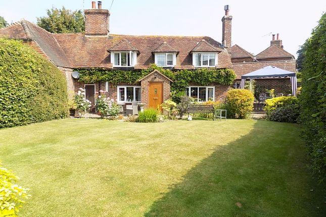 Thumbnail Cottage for sale in Chapel Barn Close, Hailsham