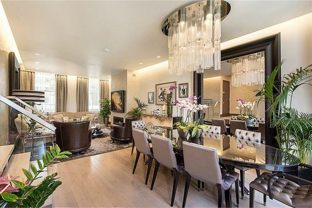 Thumbnail Maisonette for sale in Rutland Gate, London