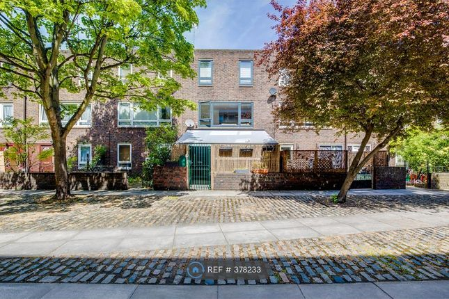 Thumbnail Terraced house to rent in Patriot Square, London