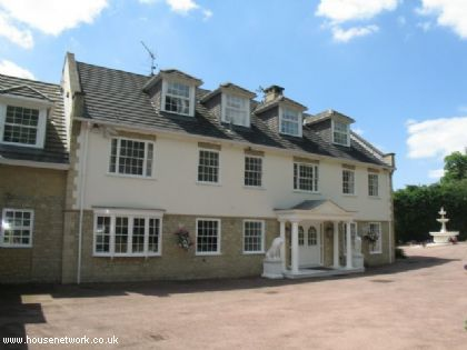 Thumbnail Detached house to rent in St Georges Hill, Weybridge, Surrey