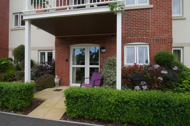 Thumbnail Flat for sale in South Street, South Molton