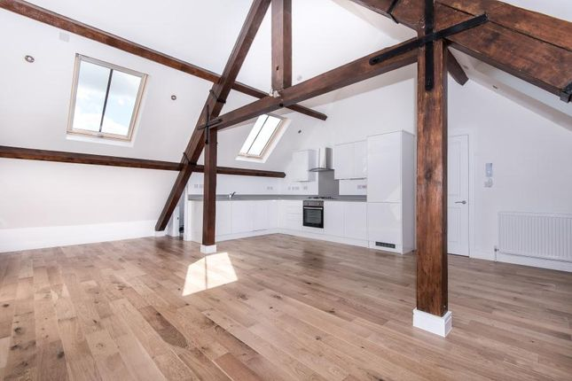 Thumbnail Flat to rent in Victoria Road, Kingston Upon Thames