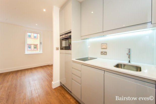Studio to rent in Weld Brook House, Romford RM7