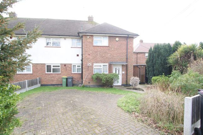 Thumbnail Flat for sale in Bull Lane, Rayleigh