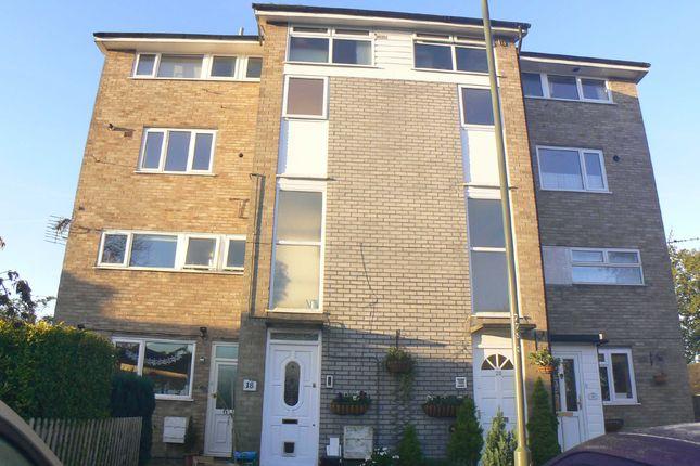 Thumbnail Flat for sale in Springholm Close, Biggin Hill, Westerham