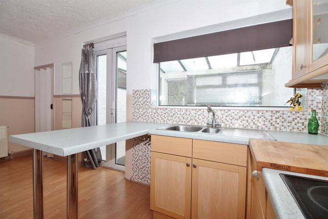Kitchen Area of Eglinton Road, Swanscombe DA10