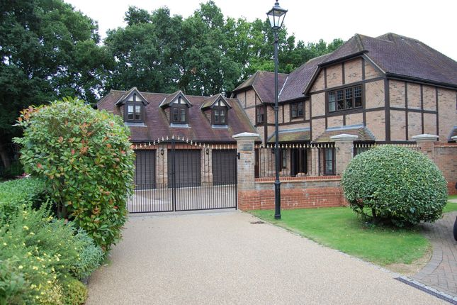Thumbnail Detached house for sale in Ledborough Gate, Beaconsfield