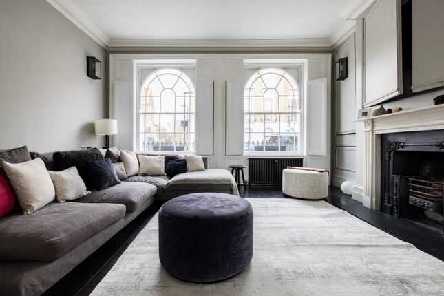 Thumbnail Flat to rent in Barnsbury Street, London