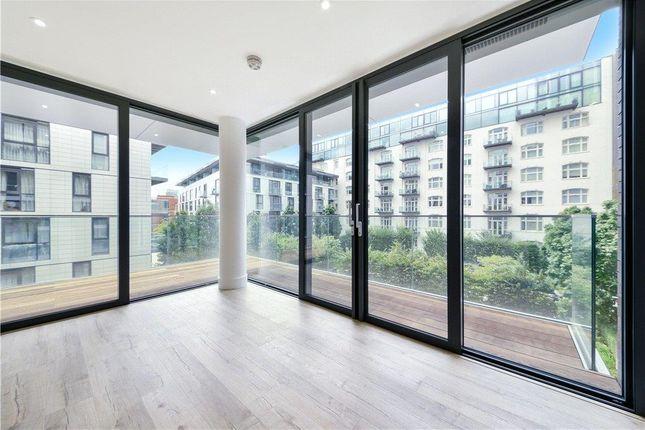 Thumbnail Flat for sale in Perilla House, Goodmans Fields, Aldgate