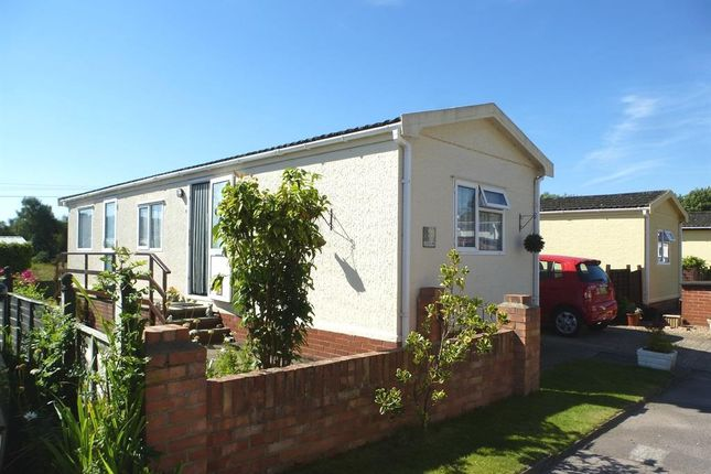 Thumbnail Mobile/park home for sale in Glen Mobile Home Park, Colden Common, Winchester