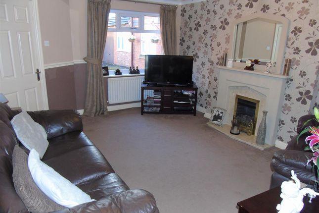 Lounge1 of Sunloch Close, Aintree, Liverpool L9