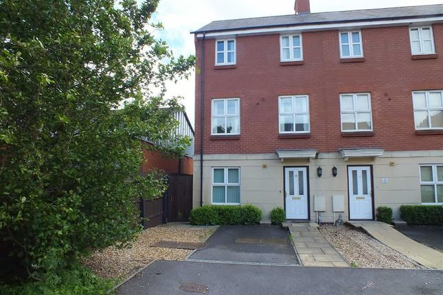 Thumbnail Town house to rent in Foundry Close, Melksham, Wiltshire