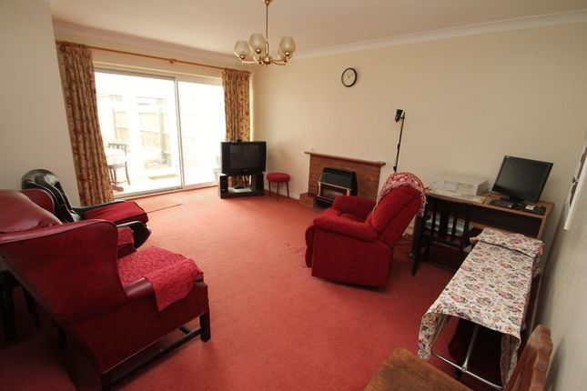 Sitting Room of Brownlow Avenue, Edlesborough, Bucks LU6