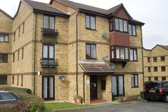 Thumbnail Flat to rent in Longacre, Singleton, Ashford