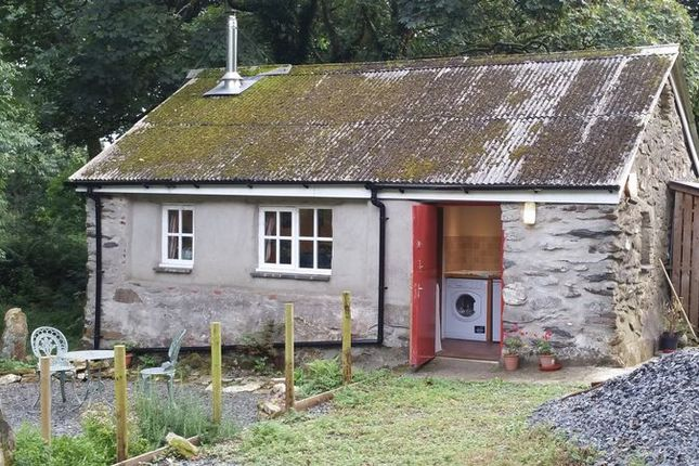 Thumbnail Property to rent in Quirky Property, Brynberian, Crymych