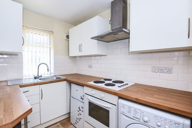 Thumbnail Flat for sale in North Street, Bicester