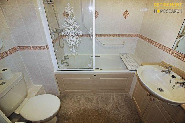 Bathroom of Beachville Court, Lancing BN15