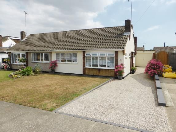 Thumbnail Bungalow for sale in Newton Park Road, Benfleet