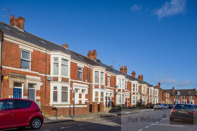 2 bed flat to rent in Deuchar Street, Jesmond, Newcastle Upon Tyne