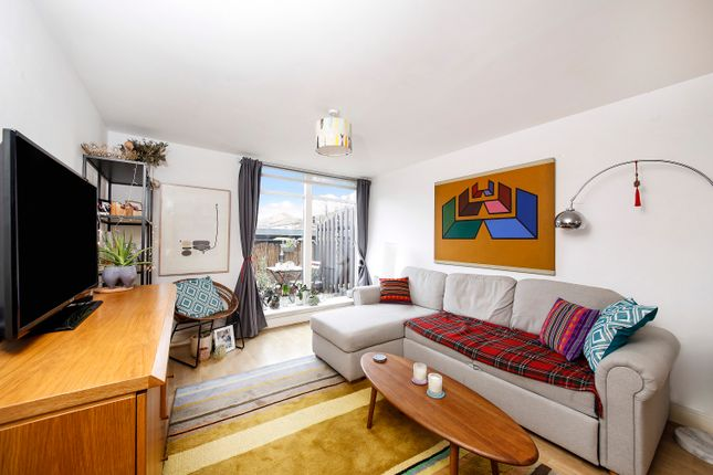 1 bed flat for sale in Merchants Row, Greenwich SE10