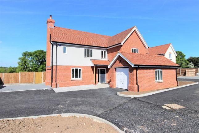 Thumbnail Detached house for sale in Middle Street, Bumbles Green, Nazeing