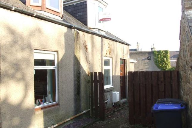 Thumbnail Cottage to rent in Market Place, Inverurie