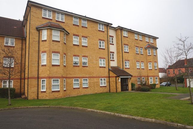 Flat for sale in Heyesmere Court, Aigburth, Liverpool