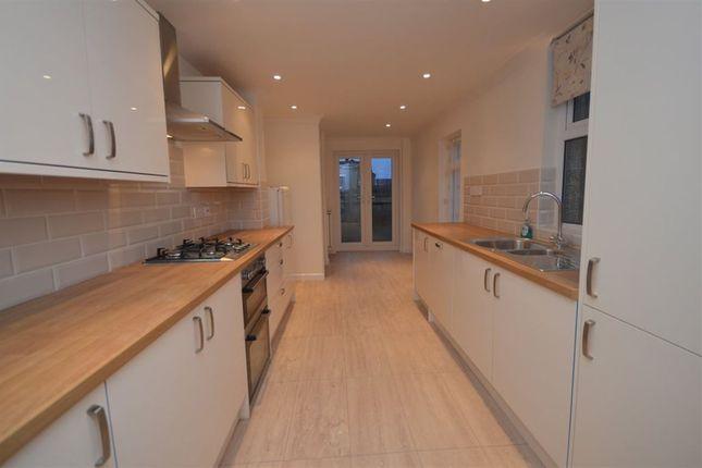 Thumbnail Property to rent in Lansdown Road, Swindon