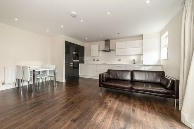 Thumbnail Flat to rent in Wynter Street, London