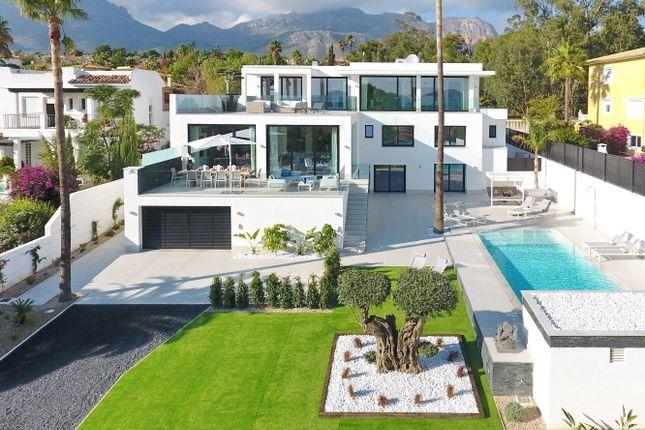 Thumbnail Villa for sale in La Nucia, Costa Blanca, 03230, Spain