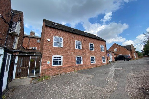 3 bed property to rent in Upper St. John Street, Lichfield WS14
