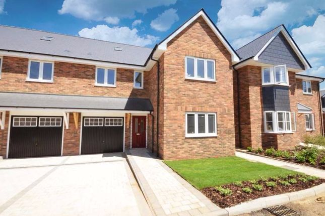 Thumbnail Semi-detached house for sale in Cherry Gate Gardens, Luton