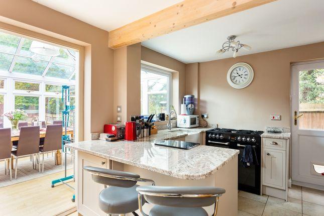 Thumbnail Semi-detached house to rent in Kempton Close, Newbury
