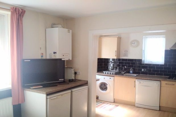Thumbnail Property to rent in Beatrice Avenue, Lipson, Plymouth