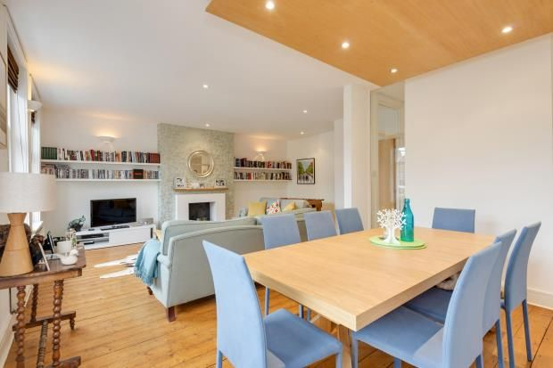 Thumbnail Flat for sale in Greencroft Gardens, South Hampstead, London