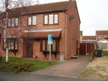 Thumbnail Semi-detached house to rent in West Road, Ruskington