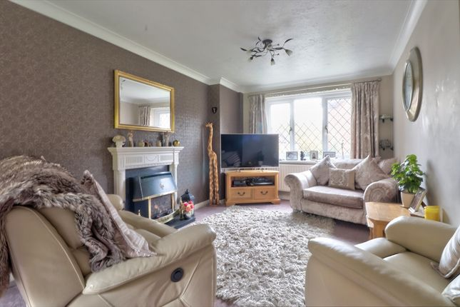 Lounge of Goodlands Vale, Hedge End, Southampton SO30