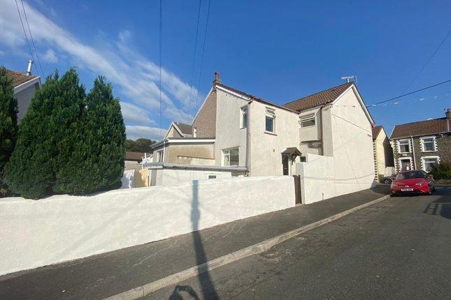 Side Access of Bank Street, Penygraig, Tonypandy CF40