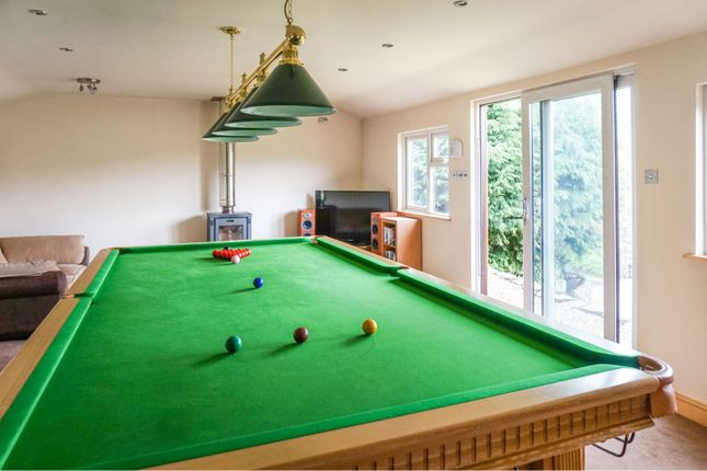 Games Room of The Cliff, Matlock DE4