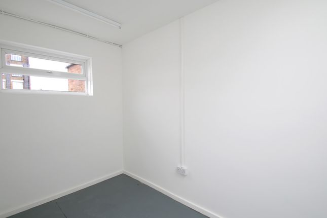 Picture 5 of Unit 2, Queens Yard, White Post Lane, Hackney, London E9