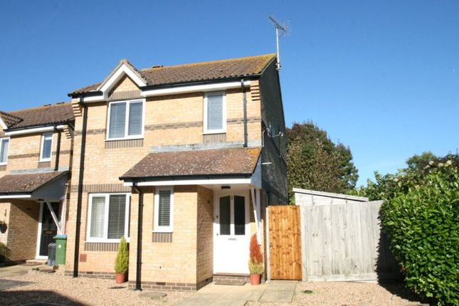 Thumbnail Detached house to rent in Lilac Close, Littlehampton