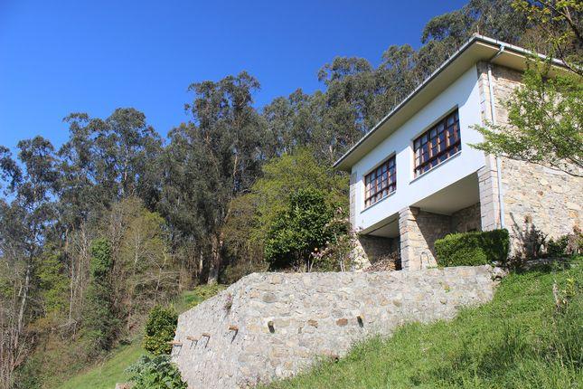Facade With Terrace To Mountain Views