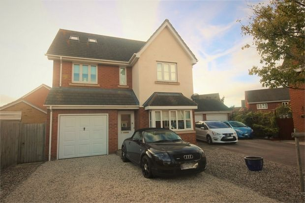 Thumbnail Detached house for sale in Jasmine Close, Canvey Island, Essex