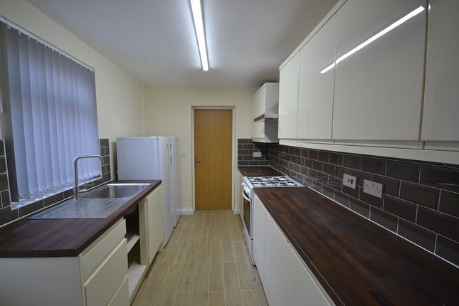 Terraced house to rent in Villiers Street, Coventry